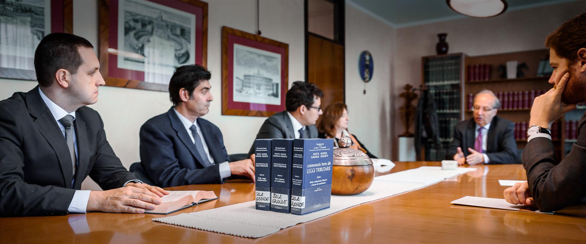 studio-legale-moschetti-header-22